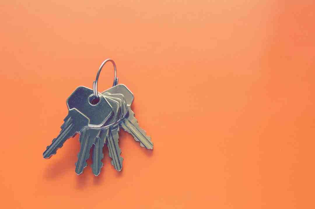 Vacation rental safety keys